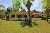 Detailed description of the Corfu Holiday House Magdalini in Agios Georgios Pagon (Pagi) with many pictures