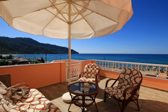Apartment Agios Georgios Bay View