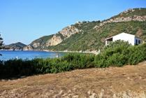 Detailed description of Corfu Studios Stellianos in Agios Georgios Pagon (Pagi) in direct beach location, partially with sea view, with many pictures